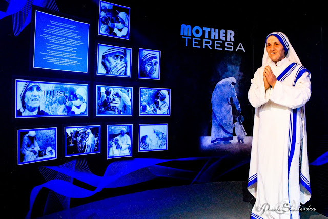 Red Carpet Wax Museum India Mumbai Lifestyle Blogger Travel Photography Brangelina Mother Teresa Pope Michael Jackson Obama