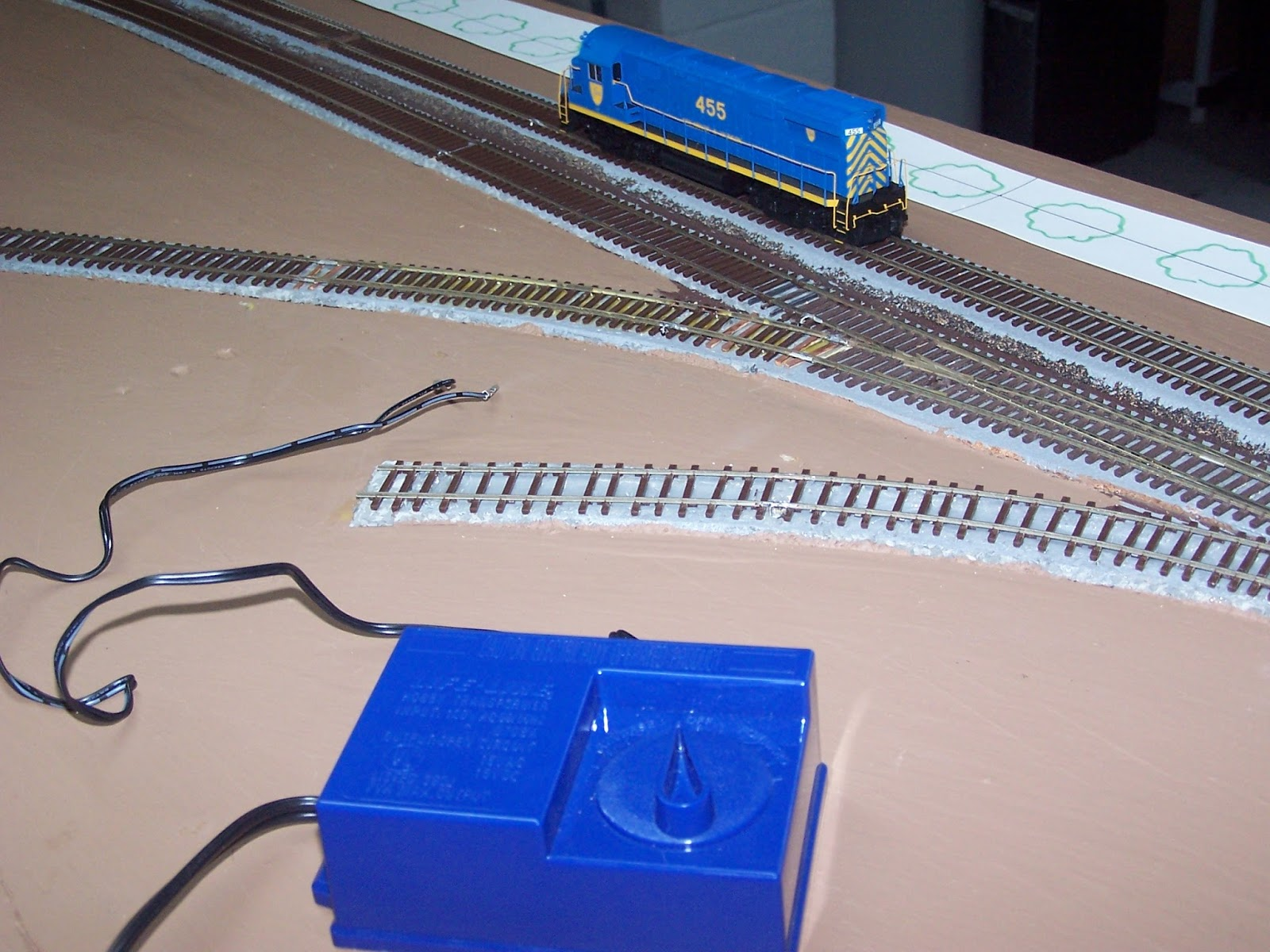 D H Colonie Main Layout Wiring The Part 1 Dcc As Well Model Train Layouts On In End I Had To Test My Work But Most Of Engines Have Decoders And Didnt Want Dig Out Bachmann System