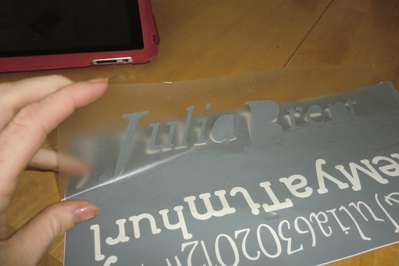 hurley's happy hangout: Use Contact Paper to Transfer Vinyl