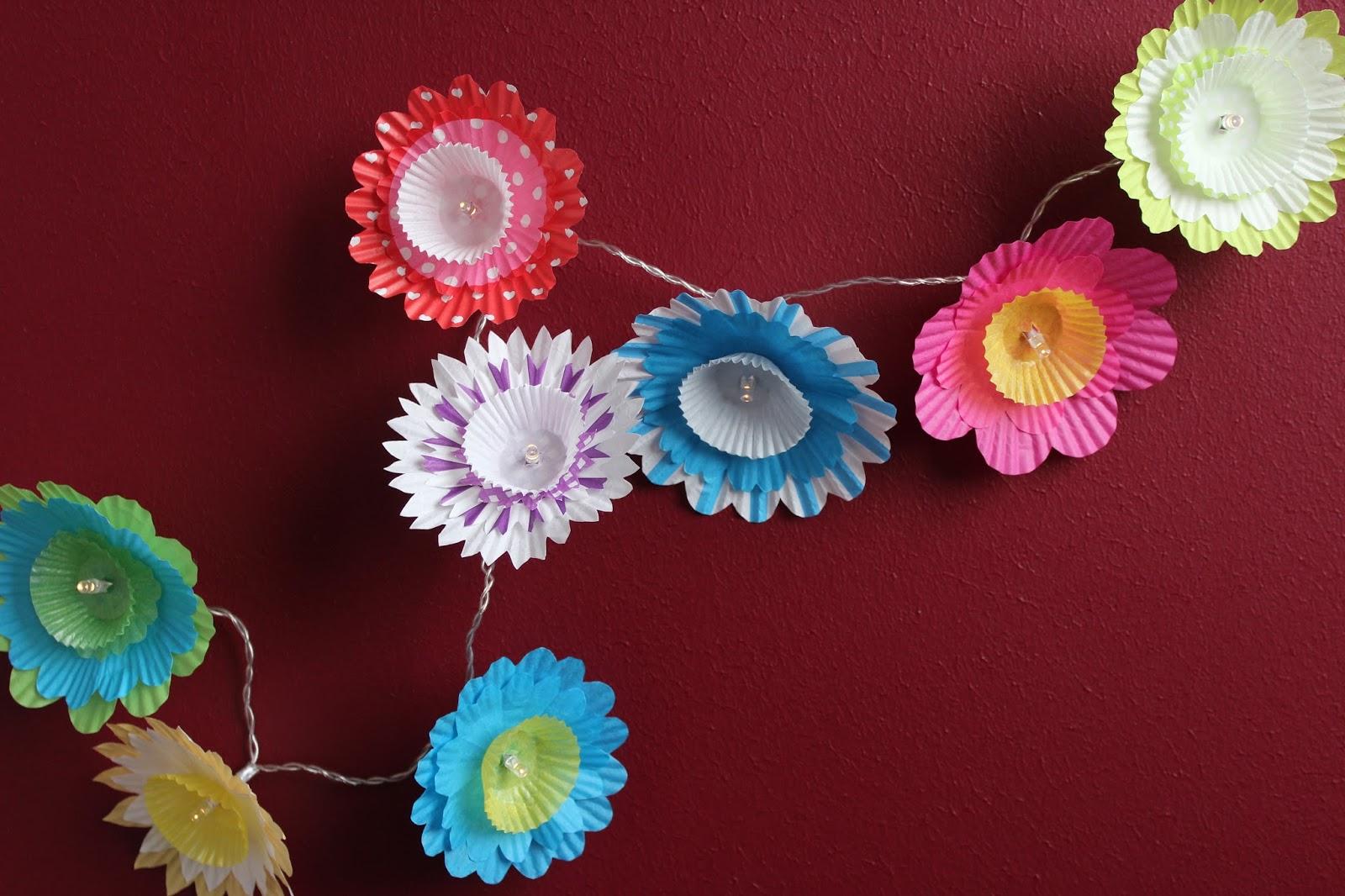 Diy Lichterkette Mit Blumen Aus Muffinformchen Ars Vera E Diy
