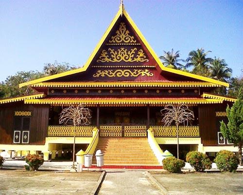 Rumah Selaso Jatuh Kembar, Rumah Adat Melayu riau
