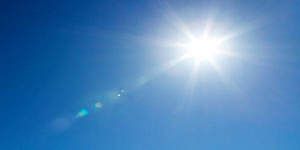 5+1 φυσικές τροφές που μας προστατεύουν από τον ήλιο
