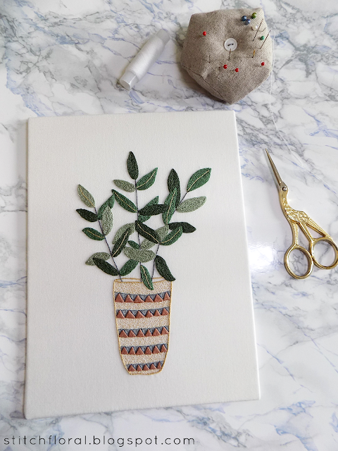 How to mount hand embroidery on a cardboard canvas: tutorial