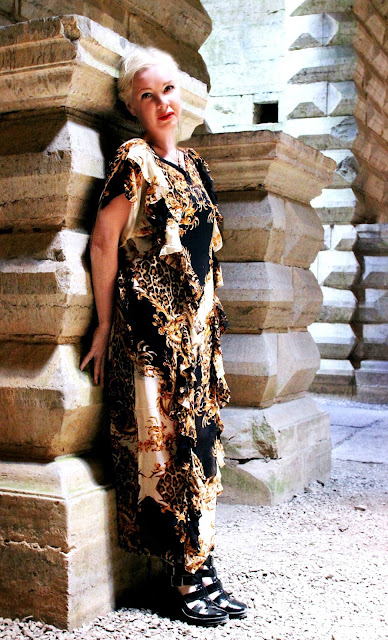 cb0509628955 skönaste klänningar, fast så säger jag ju om allt jag gjort :).