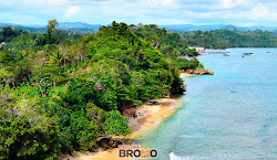 pantai tiga warna, sendangbiru, malang selatan - wisata jawa timur