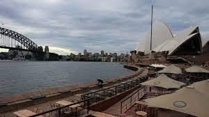 Sydney city centre and Bondi beach to enter lockdown