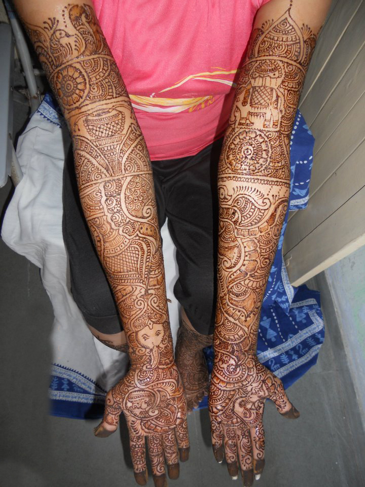 Indian Bridal Henna Designs: Latest Bridal Mehndi Designs
