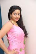 aishwarya addala new glam pics-thumbnail-16