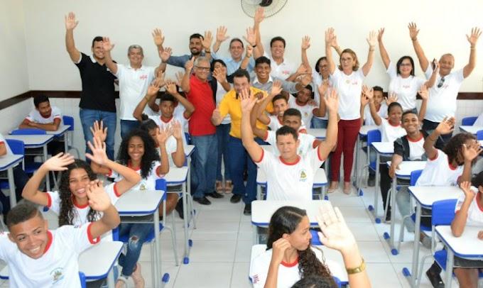 """CIDADE ALERTA MA - """"A escola estava deteriorada demais"""", conta gestora de escola reinaugurada no Caxirimbu"""