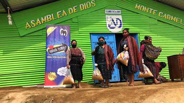 Ayuda alimentaria durante la pandemia de COVID-19 en Guatemala © amslerPIX