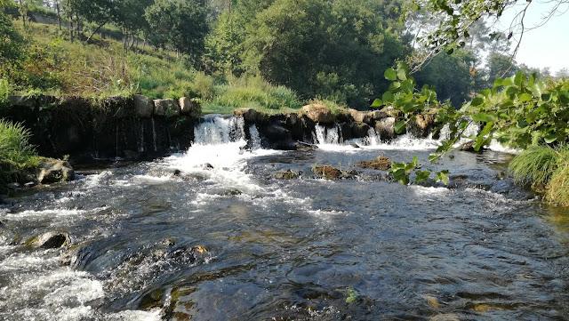 Cascata do Rio Homem  de água límpida e cristalina