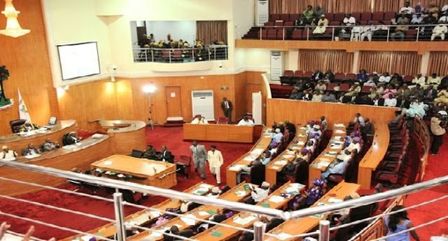 Oyo Assembly passes vote of confidence on Makinde, Deputy