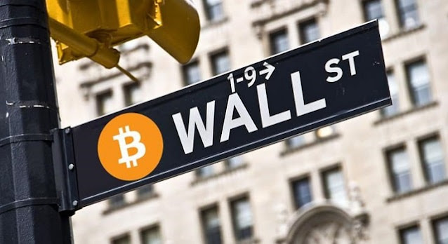 rise digital dollar momentum worries wall street bitcoin surge disruption btc crypto investing