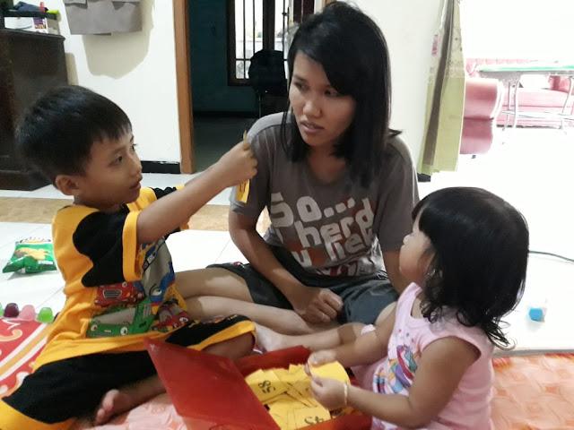 Kegiatan-family-time-agar-Tetap-asik-saat-penerapan-Jaga-jarak-fisik-sosial-distancing