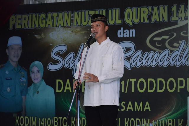 Danrem 141/Tp Bersama Istri Safari Ramadhan dan Serahkan Bantuan di Bulukumba