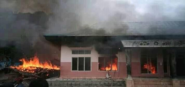 Fakfak; 1 Korban dan Kantor Dewan Adat Dibakar barisan merah putih