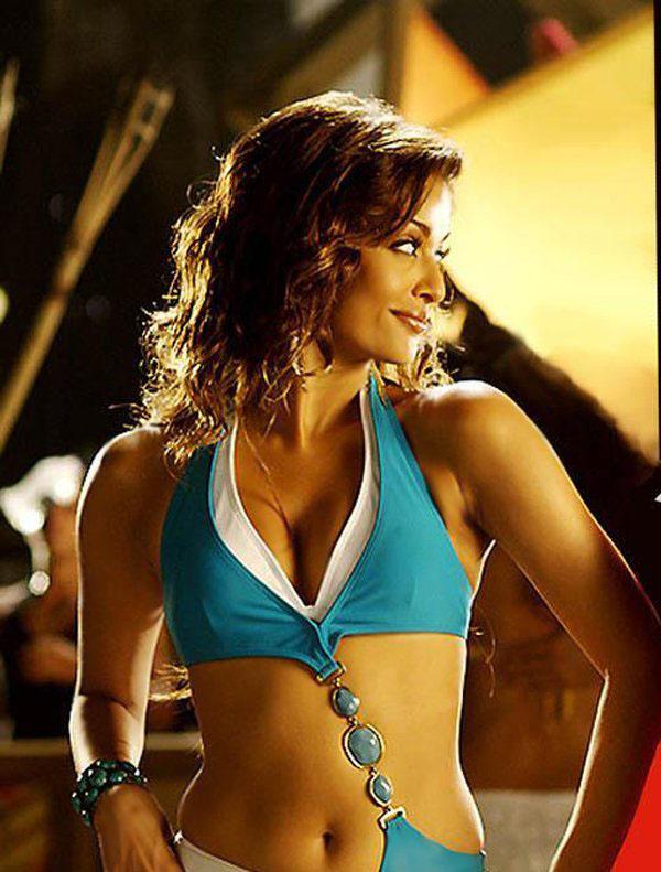 Aishwarya Rai Full Sexy Video Hd