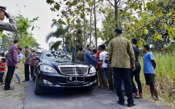 Tanggapan Tentang SBY yang Pinjam Mobil yang Tak Pernah Dikembalikan