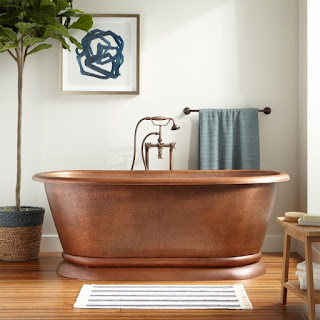 HAMMERED COPPER PEDESTAL TUB