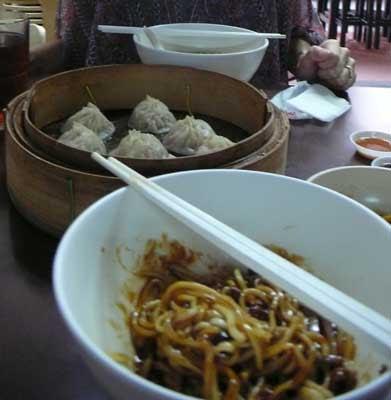「蘭州拉麺」の有名なラーメン