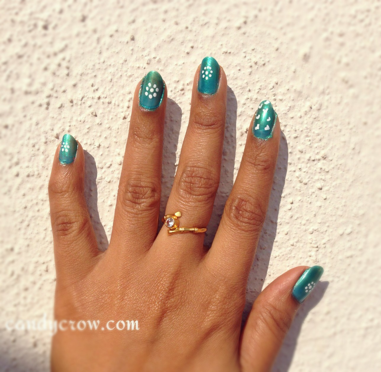Simple Nail Art Using Toothpick: Easy Nail Art With Toothpick