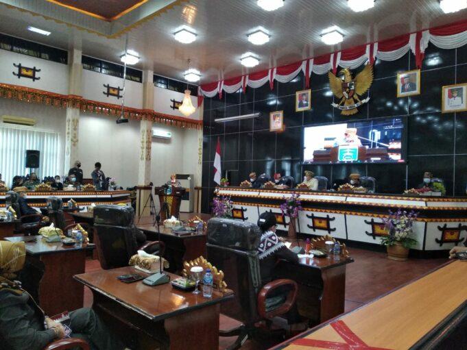 Terkait Raperda LPJ APBD, DPRD Metro Sampaikan Pandangan Fraksi