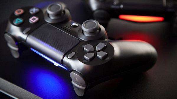 التحكم بالكاميرات أصبح ممكن باستخدام يد تحكم جهاز PS4