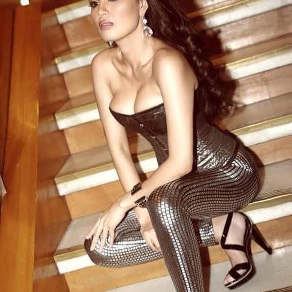 Lara Morena 9
