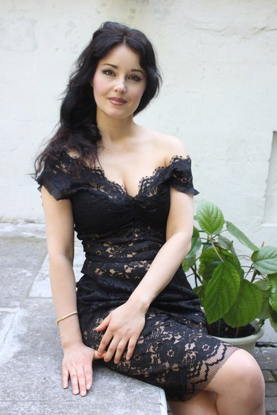 Russian charming girls. Russian attractive girl pic