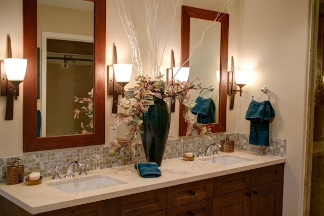 how to choose bathroom mirrors
