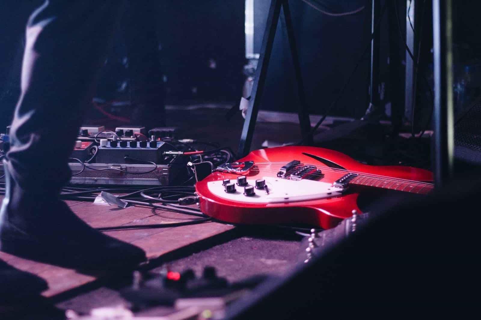 T01xE06 Rock Diabólico | luisbermejo.com