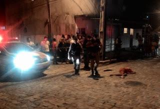 Jovem é assassinado com vários tiros no Funcionários I