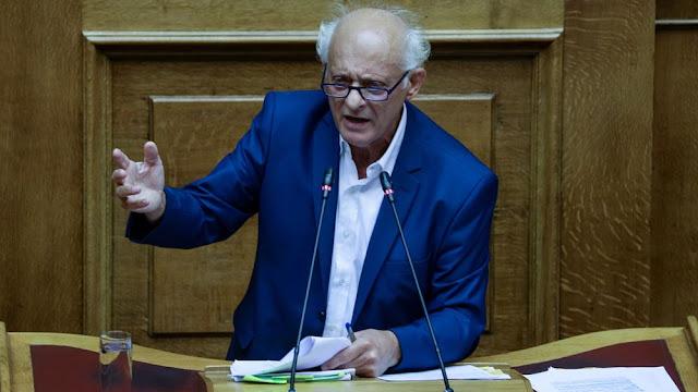 Ο ΣΥΡΙΖΑ κοινοβουλευτικός εκπρόσωπος των κουκουλοφόρων;