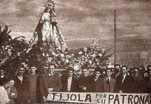 La patrona de Tíjola en Almería (y en el paso del Amor)