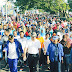 Jalan sehat dengan ribuan peserta ( Masyarakat Morowali ). _siedotcom.