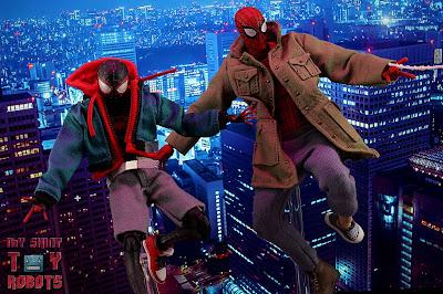 MAFEX Spider-Man (Peter B Parker) 60