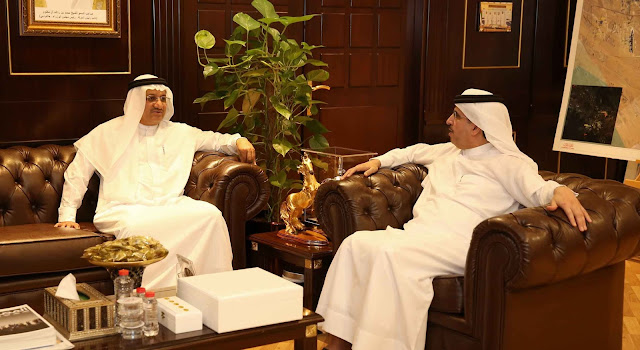 HE Saeed Mohammed Al Tayer, Chairman of Smart Dubai Office (SDO), receives Chairman and Director-General of Dubai Health Authority (DHA)
