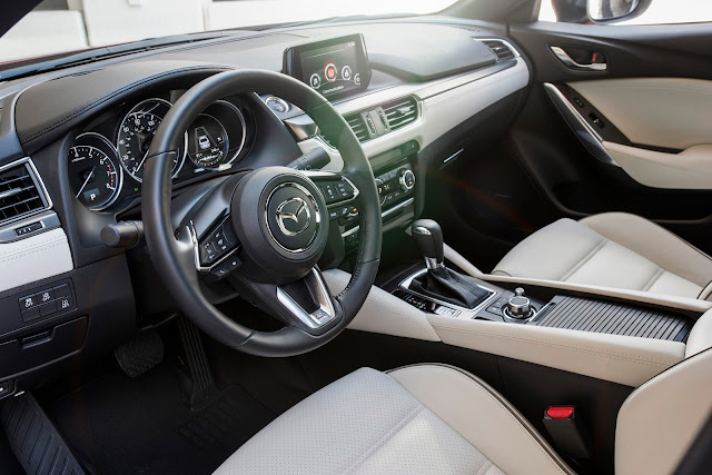 Interior view of 2017 Mazda 6i Grand Touring