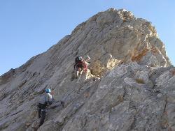 Por la cresta hacia la cima