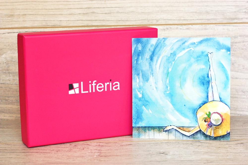 liferia-bon-voyage, sierpniowa-liferia, box-kosmetyczny, box-subskrypcyjny, pudelko-kosmetyczne