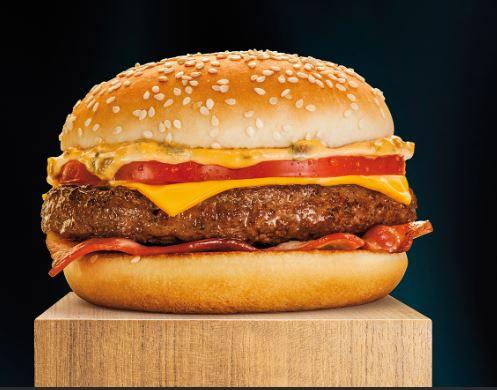 كم عدد محلات ماكدونالز في العالم ؟