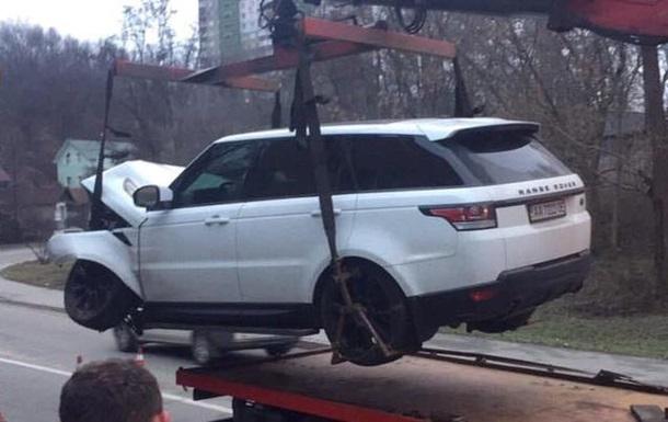 У Києві співробітники СТО розбили Range Rover клієнта