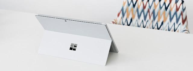 Microsoft Surface Pro mới sẽ được giới thiệu vào 1/12 tới, sẽ hỗ trợ LTE?