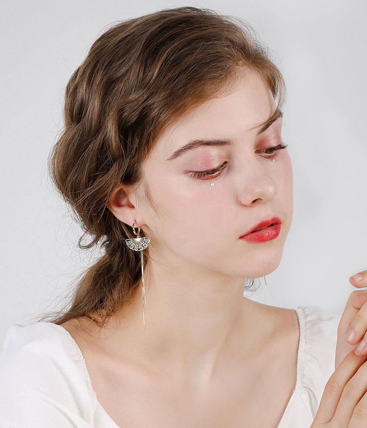 古典扇子灰水晶流蘇耳環