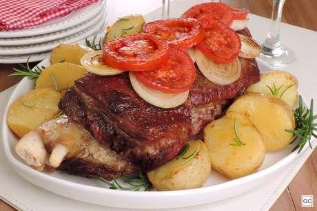 costela-assada-com-batatas