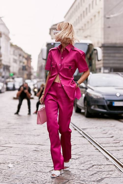 HOT PINK STREET STYLE TREND