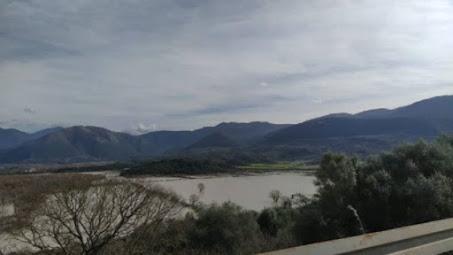 Ήπειρος: Κίνδυνος πλημμυρών από τα υπερχειλισμένα ποτάμια – Με αλυσίδες λόγω χιονιού στα ορεινά
