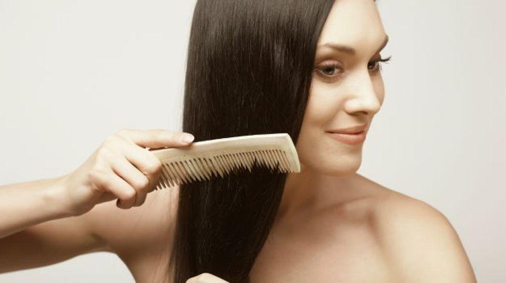 Tips Sederhana Menjaga Kesehatan Rambut