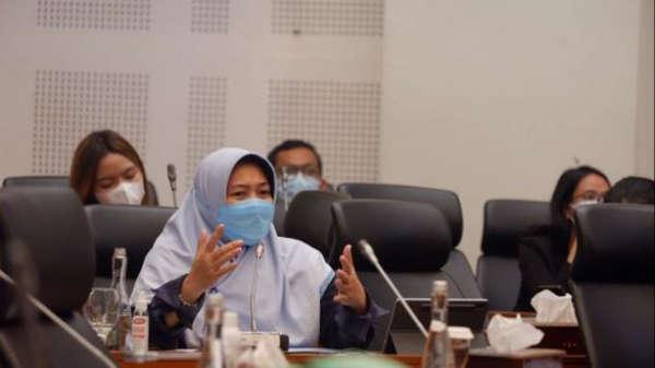 Sebut Pemerintah Impor Kasus Covid Lewat Kedatangan WNA, Legislator PKS: Kasihan Rakyat