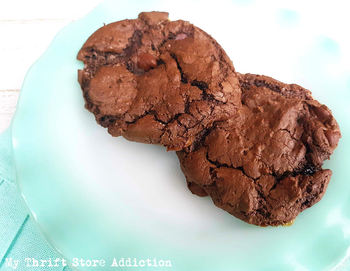 dark chocolate cake mix cookies